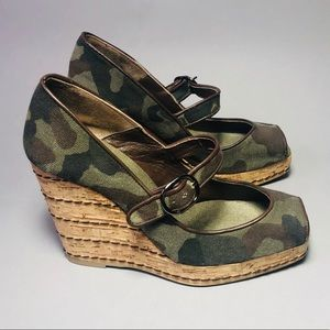 Authentic Castaner Green Camouflaged Espadrille